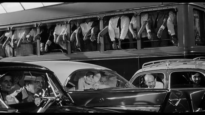 fellini-bus-scene-8.5